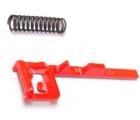 Механизм переключения (красного цвета) с пружиной